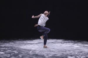 Octobre 2017 -SPECTACLE LET'S FOLK! – En collaboration avec la chorégraphe Marion Muzac. Construit au croisement de multiples chorégraphies – entre fest-noz breton, ahwash berbère, schuhplattler bavarois et dabkeh du Proche-Orient – la nouvelle création de la chorégraphe Marion Muzac revisite la notion de danse folklorique. Photographie © Edmond Carrere.