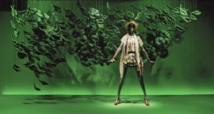 2011 – Printemps Haussmann, Textile sculpture. © Photo Francis Peyrat