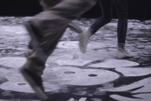 October 2017 -Drawn directly on the dance carpets using white chalk, the artist Emilie Faïf brought out the idea of territory, roots and cultures that inspired popular dances. Ornemental patterns being brushed away shows the tension between danse and its durability in popular traditions. Photography © Edmond Carrere.