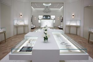 Scenography of the Boucheron space in collaboration with Guillaume Leclerq, architect – Baselworld 2013, Bâle.
