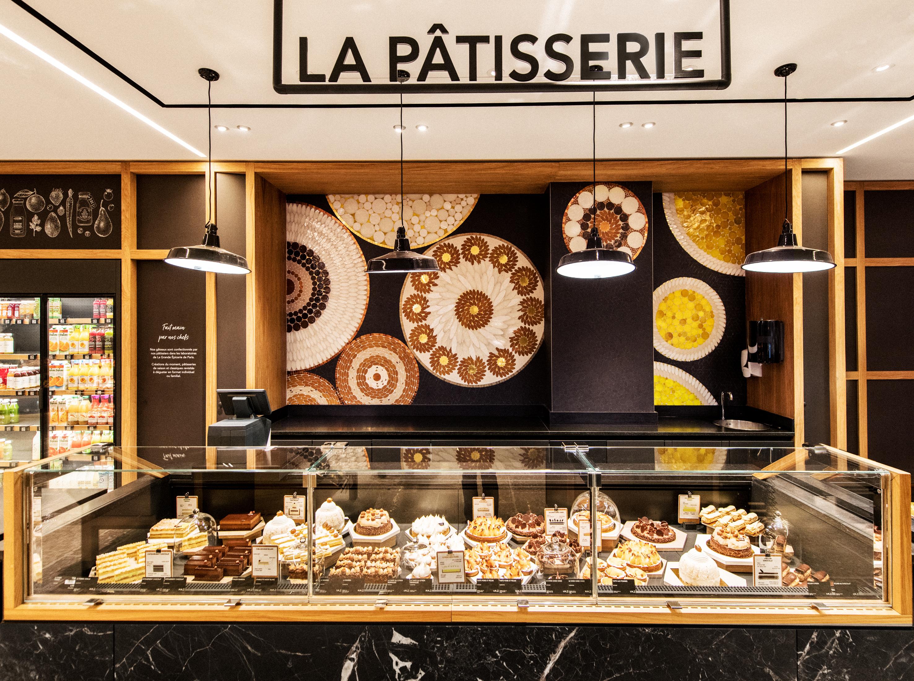 Ces pièces uniques illustrent l'univers des métiers dans ce nouveau lieu, véritable ode à la gourmandise. La Pâtisserie.