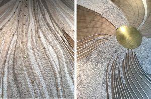Entre dynamisme et abandon, entre courbes, lignes et fluidité, entre vides et pleins, les tentacules de la méduse se déploient gracieusement dans l'espace de l'entrée de la villa et évoquent harmonie et sérénité pour l'accueil de ce cadre d'exception.