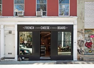Initiated by the CNIEL, this new space situated in Nolita is meant to become the new cheese headquarter in New York.