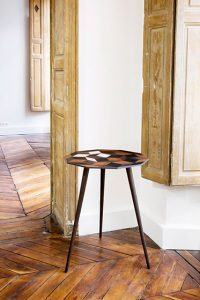 Ich&Kar – Penrose pedestal table.