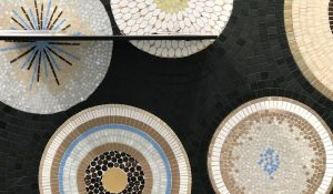 Mathilde Jonquière, mosaic artist, September 2019, La Petite Grande Épicerie de Paris, Saint-Lazare railway station. On this occasion, the architects ask Mathilde Jonquière to create a mosaic fresco for the counter of this small 25 m2 area, designed with the idea of keeping an harmony with the two others 3 400m2's Bon Marché Rive Gauche store and the 2800m2's Rive Droite store in Passy street.