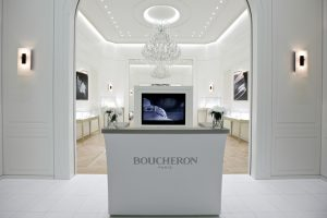 For Baselworld 2013, Soline d'Aboville and Guillaume Leclercq, scenography and interior architecture specialists, transposed in 266 m2 the heritage of the iconic Boucheron boutique located 26 Place Vendôme in Paris.