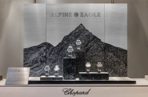 Soline d'Aboville, scénographer, October 2019, Alpine Eagle, Chopard windows, Paris. Alpine Eagle animation windows is as exceptional and unique as the eponymous Haute Horlogerie collection launched by the House Chopard this autumn : inspired by both the aesthetic qualities and the creation techniques, the animation relates the Swiss Alps through a real marquetry of materials that refers to the collection codes. © Géraldine Bruneel