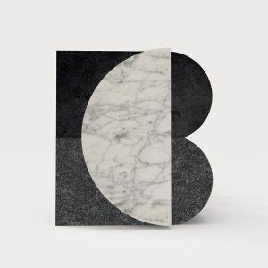 <p>Ich&Kar réalise l'identité visuelle du marbrier Blanc Carrare, image contemporaine entre tradition et modernité où se mêlent marbre et lave.