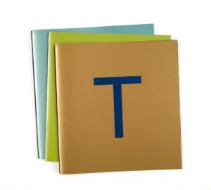 Ich&Kar redessine le menu Troisgros sur trois accord : pistache chocolat, or outremer et bleu perlé.
