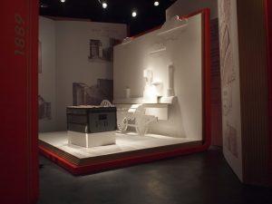 Avril-Octobre 2010 – Louis Vuitton – paris 1867 – shanghai 2010 – scénographie de la rétrospective Louis Vuitton à shanghai.