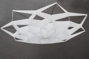 Janvier 2015 – Soline d'Aboville, projet «So Paper». Soline d'Aboville propose d'exploiter les chuttes de drop paper pour créer des décors de plafonds.